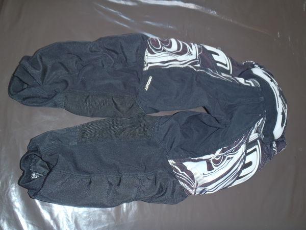 Pantalon BMX noir 6 ans 25 Saulon-la-Rue (21)