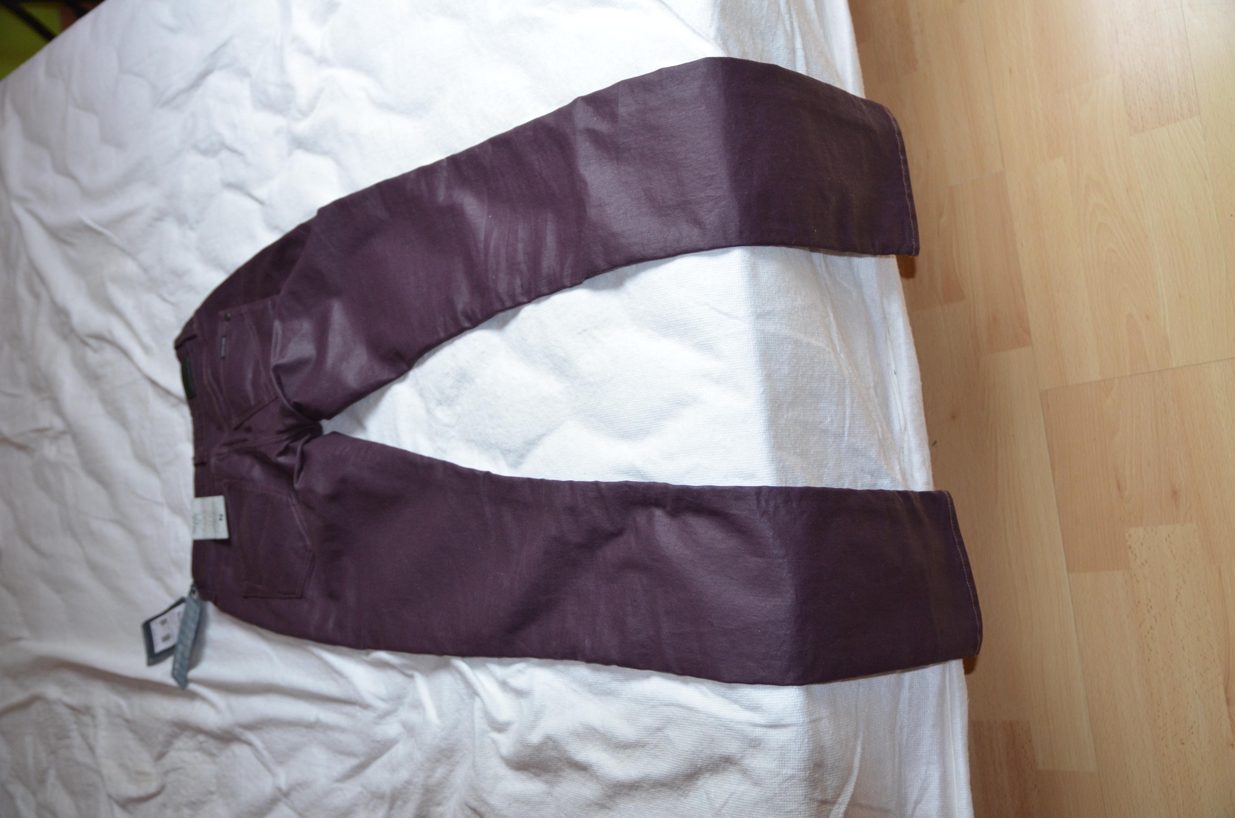 pantalon slim leg taille 34 /36 pourpre 45 Flers-en-Escrebieux (59)