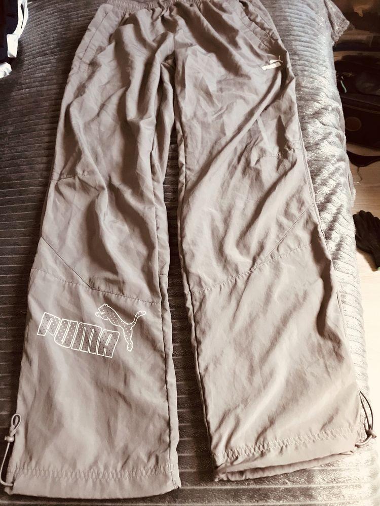 pantalon de sport PUMA  Taille 42/44 22 Saint-Genis-Laval (69)