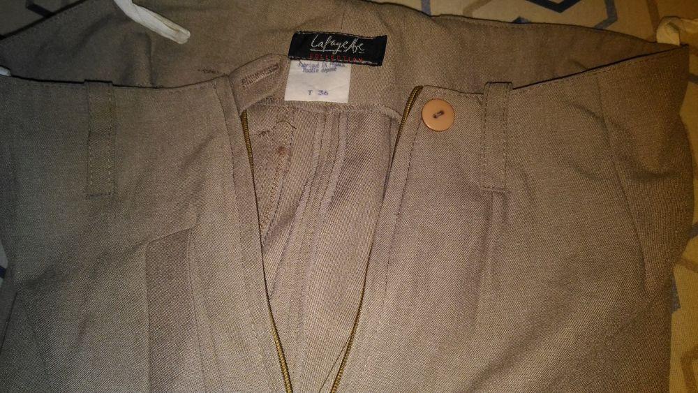Pantalons beige clair femme création galeries lafayette 25 Savigny-sur-Orge (91)