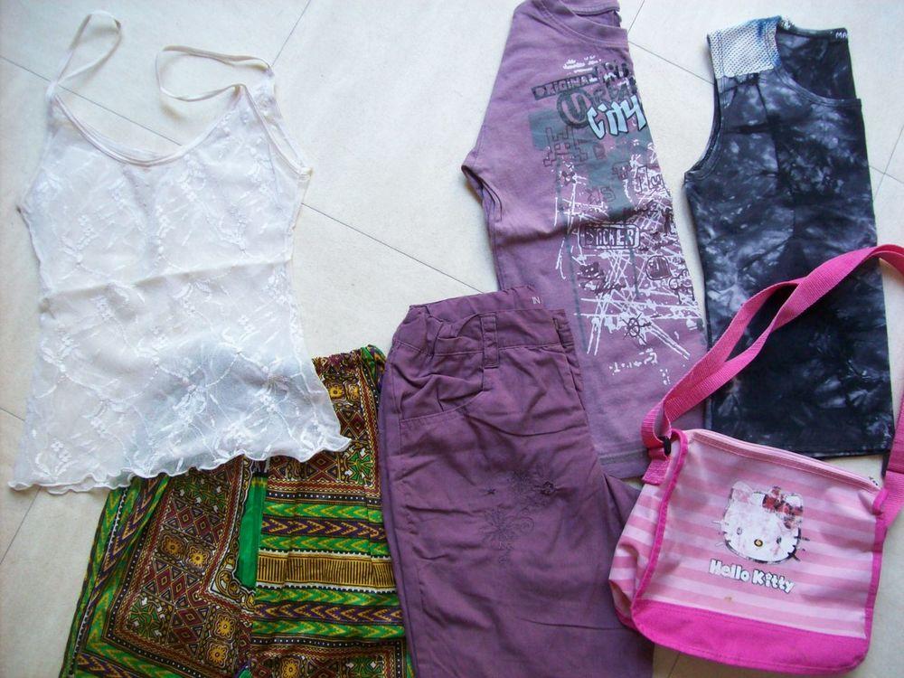 pantalons, bermuda, hauts -6,8,10 ans - zoe 4 Martigues (13)