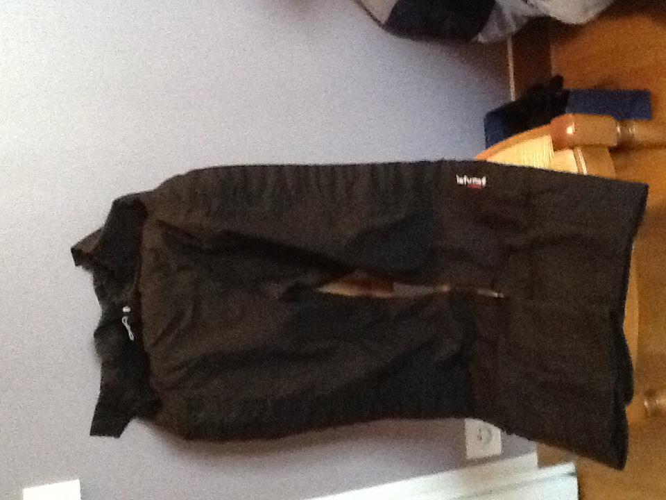 pantalons ski femme taille 38 Lafuma noir et pantalon enfant  marque Roxy 12 ans turquoise 50 Paris 15 (75)