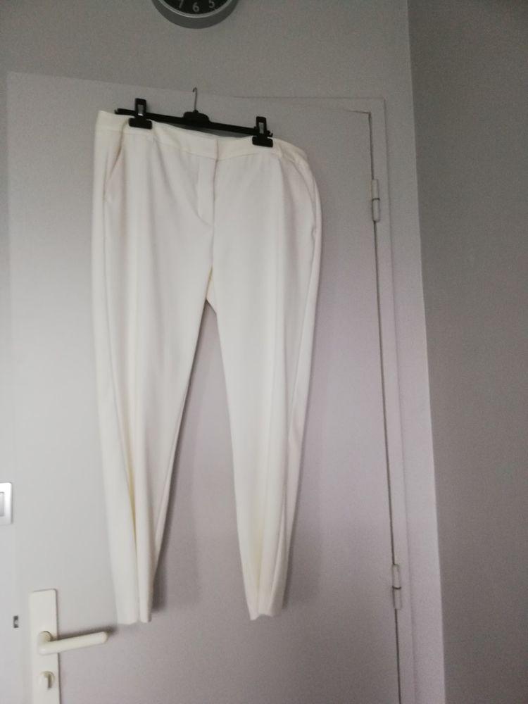 Pantalons femme trés bon état 5 Eysines (33)