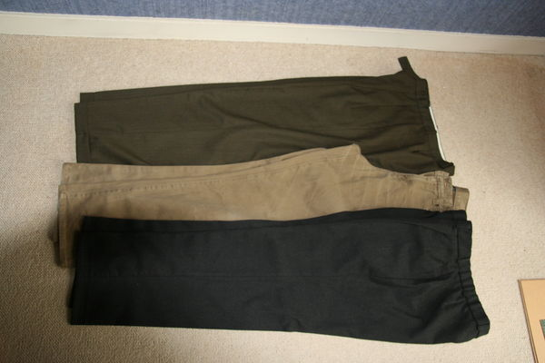 Lot pantalons T42 15 Cergy (95)