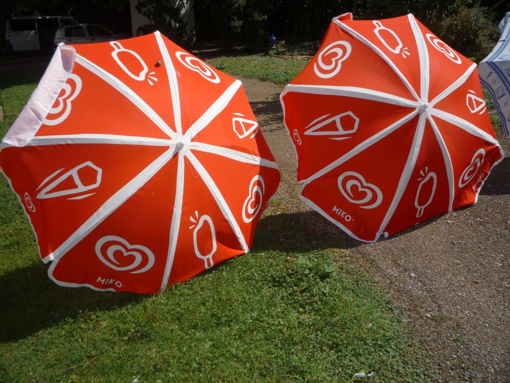 Parasol Miko/plage/coquillage 10 Castres (81)