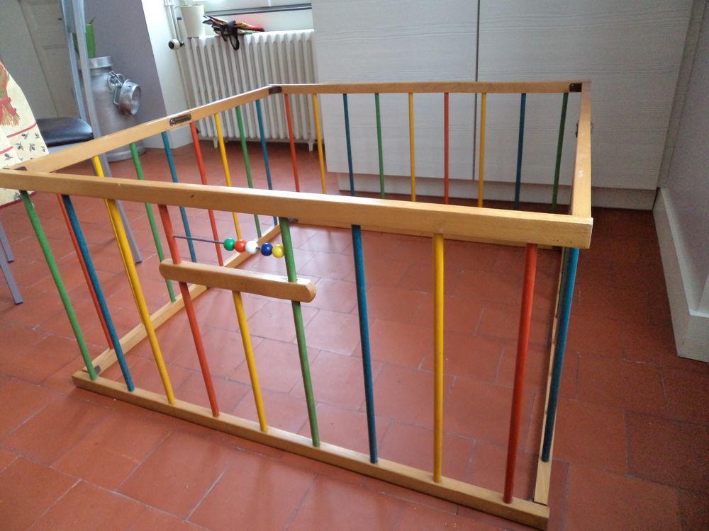 parc bois enfant d occasion plus que 2 65. Black Bedroom Furniture Sets. Home Design Ideas