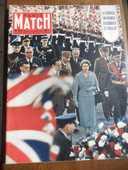 PARIS MATCH.LE VOYAGE EN FRANCE D'ELISABETH ET PHILIP 1957 4 Tours (37)