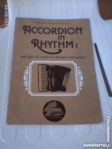 Partition Accordéon IN RHYTHM 1 7 Louhans (71)
