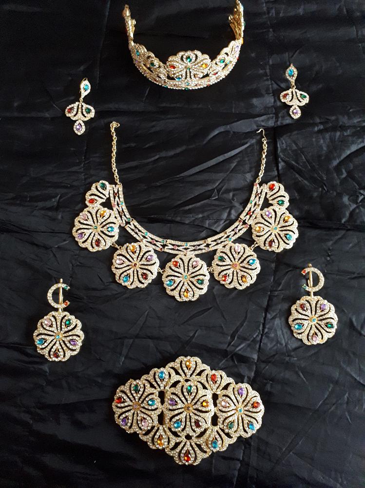 Parure de bijoux ethniques du Maroc 100 Bourg-en-Bresse (01)