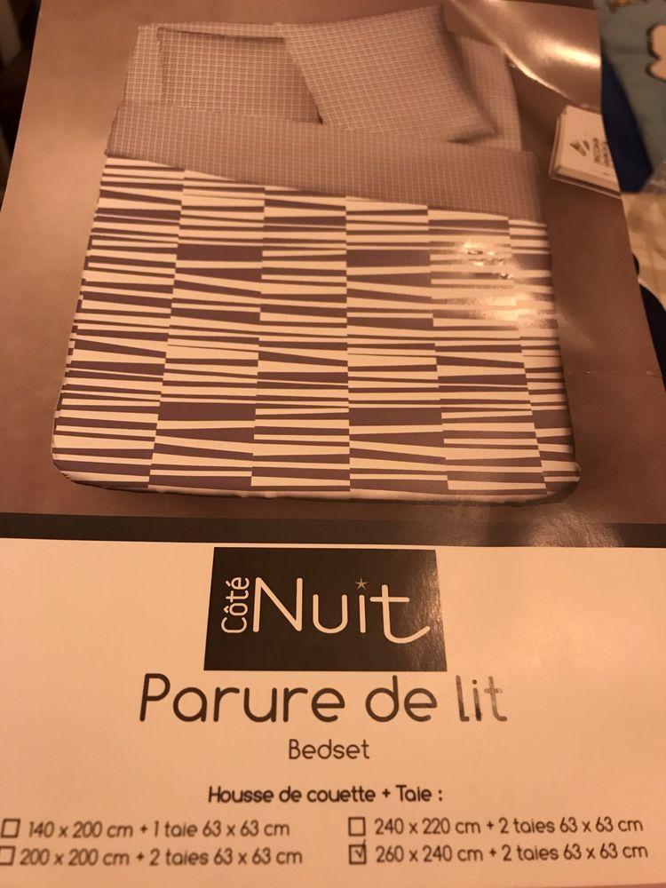 PARURE DE COUETTE + TAIES BLEU/BLANC Lignes bleues NEUVE 38 Saint-Genis-Laval (69)
