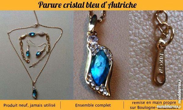 Parure cristal bleu d'Autriche et plaquée or Bijoux et montres