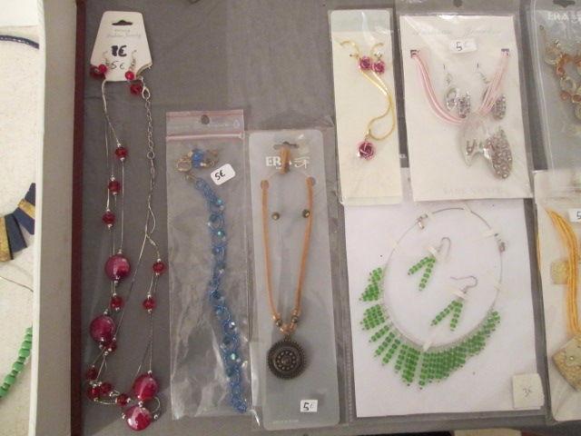 Parures bijoux fantaisie neuves à l'unité 3 Herblay (95)