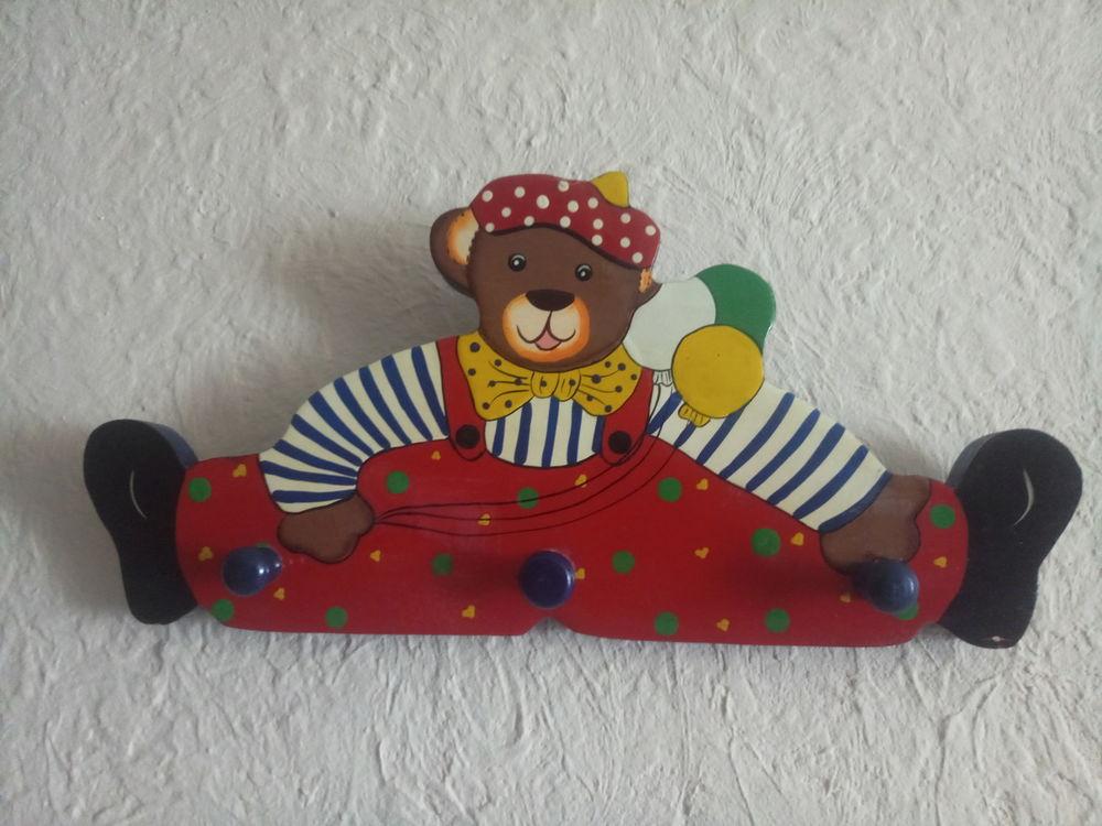 PATÈRE PORTE MANTEAU ENFANT OURSON avec 3 crochets de suspen 10 Grasse (06)