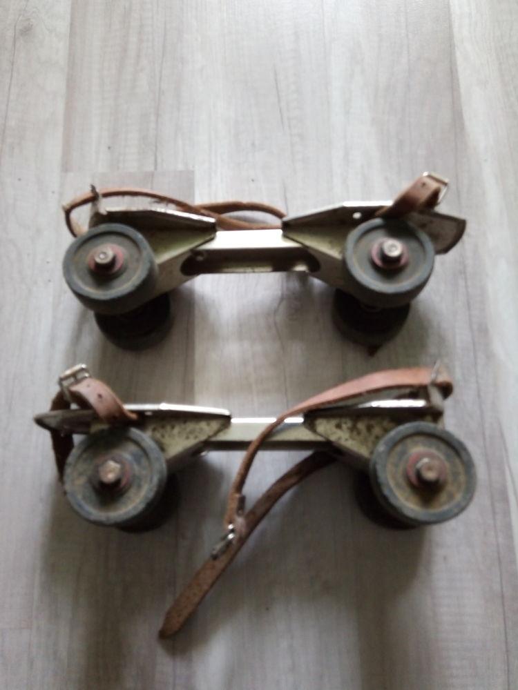 Patins à roulettes anciens 15 Chelles (77)