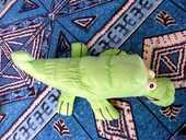 peluche crocodile en toile parachute 1 Viriat (01)
