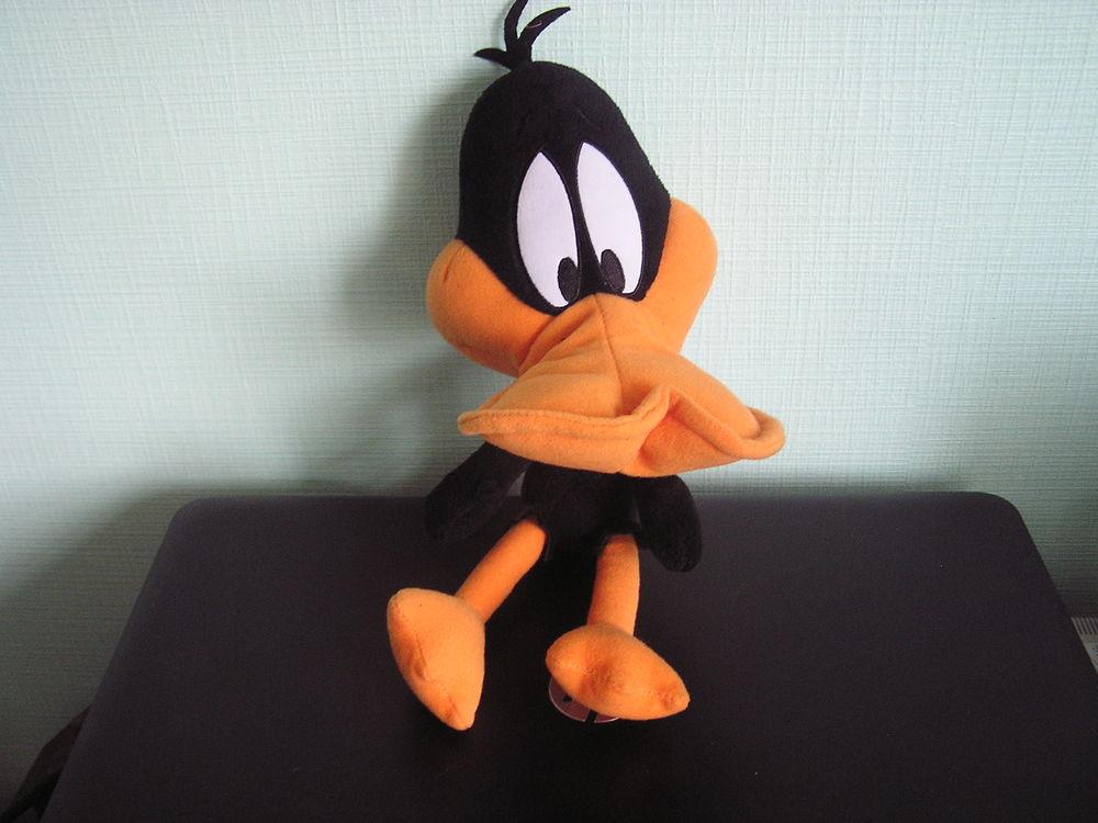 Peluche DAFFY Donald Duck 3 Brouckerque (59)