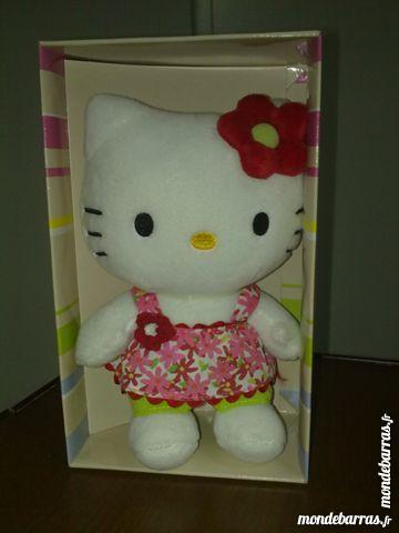 Peluche Hello Kitty NEUVE 10 Vedène (84)