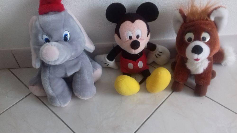 Peluches : Dumbo, Mickey, renard Rox 20 Olonne-sur-Mer (85)