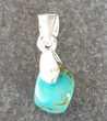pendentif en argent 925 avec petite pierre turquoise