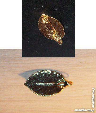 Pendentif / broche * feuille dorée à l'OR 24 ct Bijoux et montres