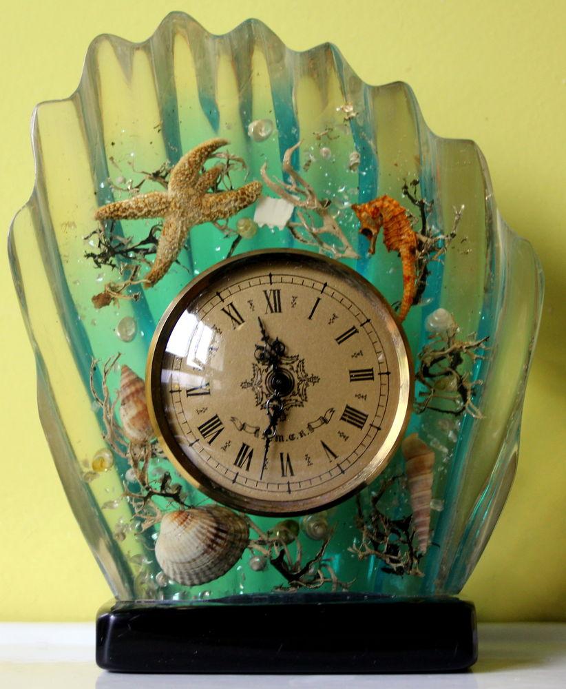 Pendule inclusion coquillage, hippocampe, étoile vintage 60 60 Issy-les-Moulineaux (92)