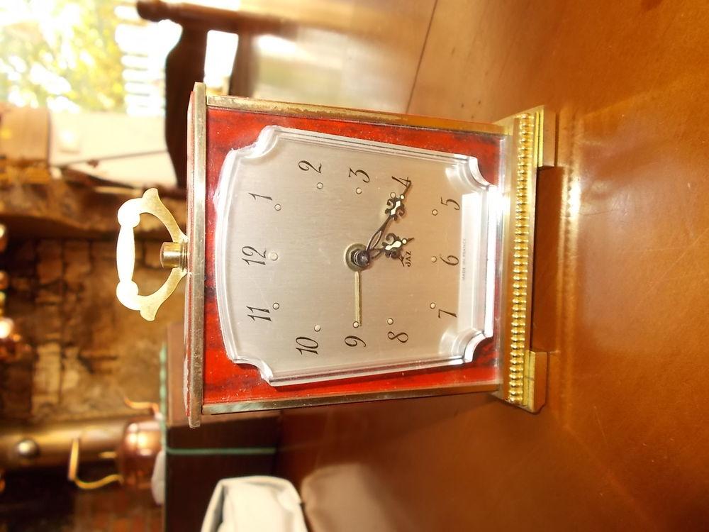 pendulette JAZ année 60 prix en baisse 15 Chissey-en-Morvan (71)