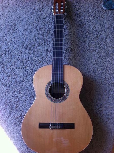 guitare j perez 610