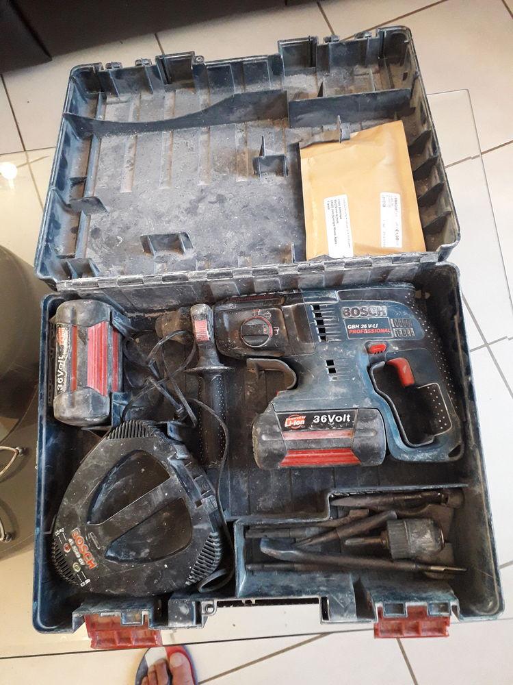 perforateur 220 Jons (69)
