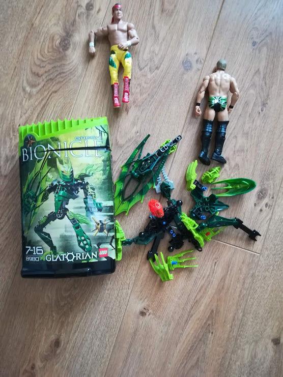 Lot de 2 personnages bionicle 4 Thurins (69)