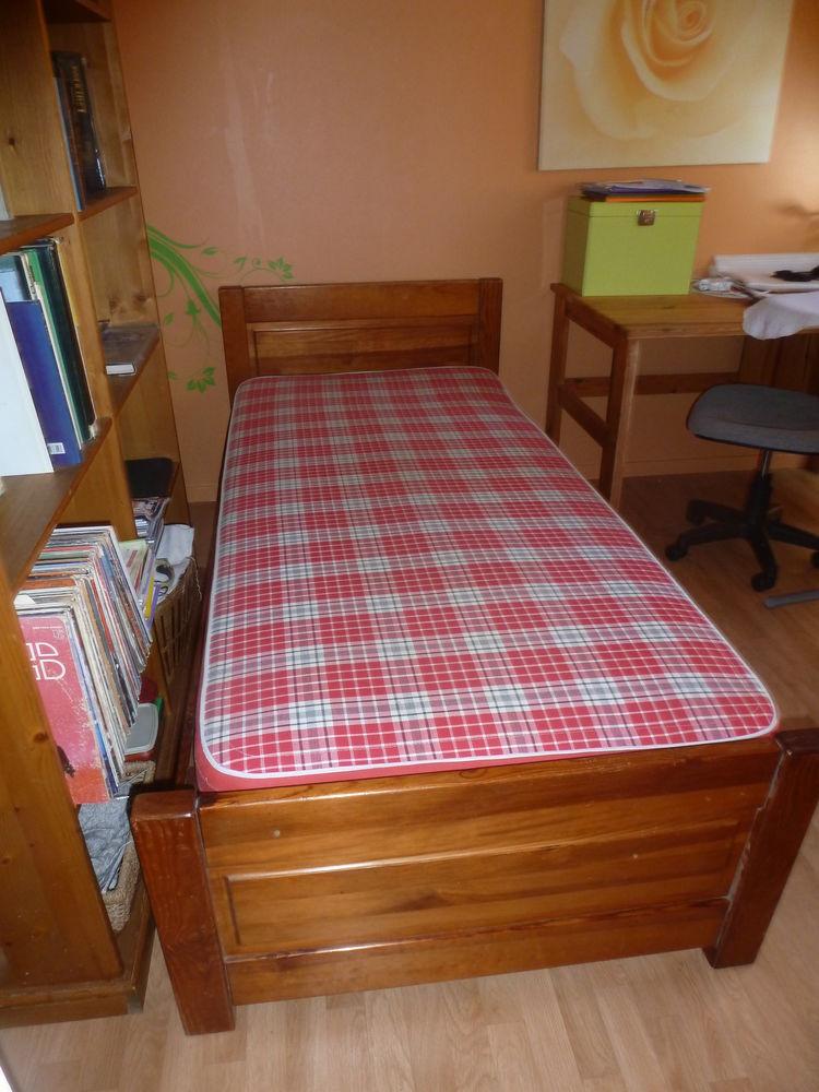 tables occasion avrill 49 annonces achat et vente de tables paruvendu mondebarras. Black Bedroom Furniture Sets. Home Design Ideas