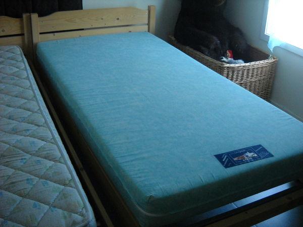 Lit une personne meubles for Fenetre 90x140