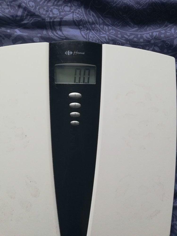 Pèse personne blanc Carrefour Electroménager
