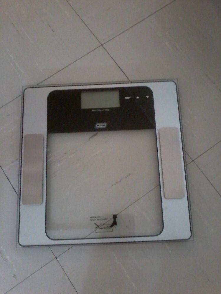 Pèse  personne  électrique  20 Tourcoing (59)