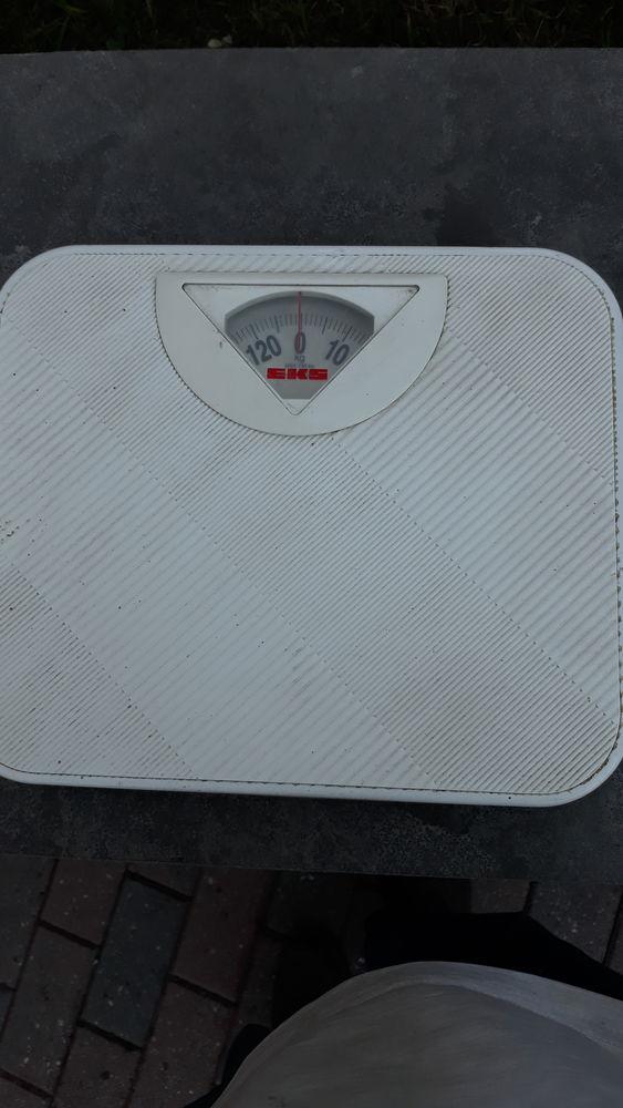 Pèse personne 8 Montmédy (55)