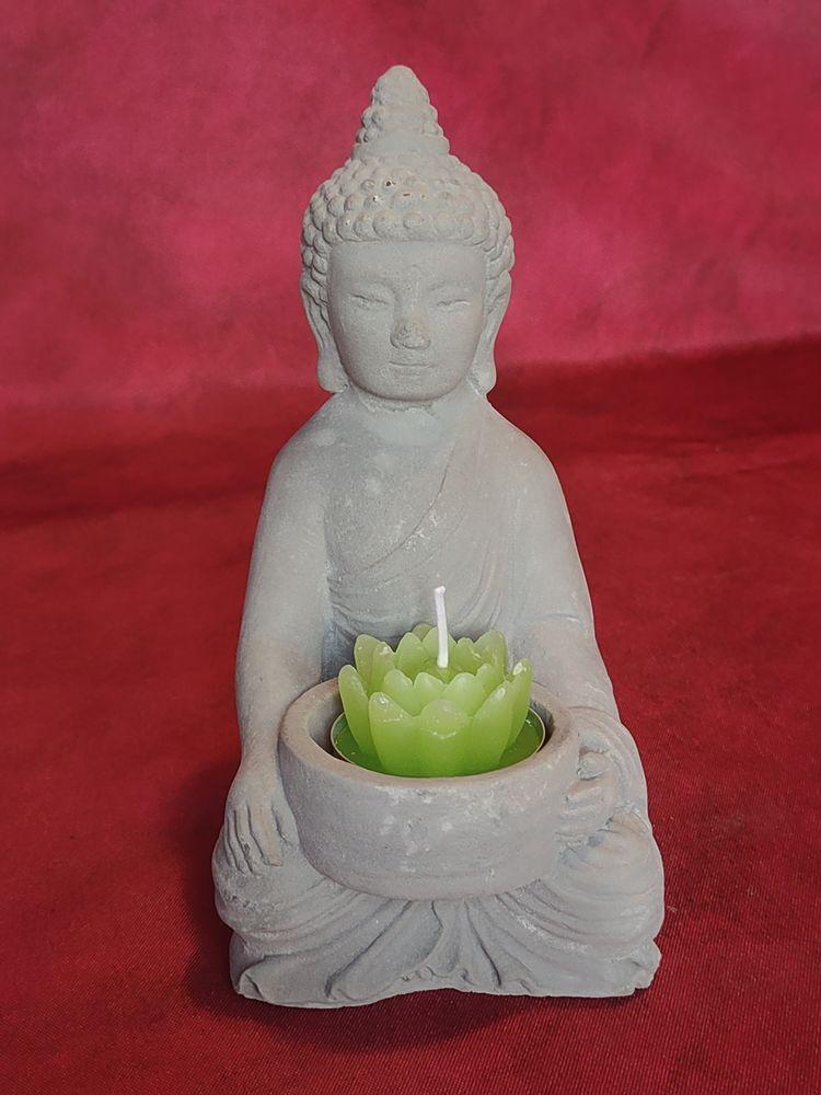 Petit bouddha hauteur 15 cm en pierre reconstituée 8 Avermes (03)