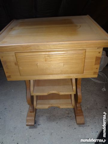 petit bureau en bois 15 Maubeuge (59)