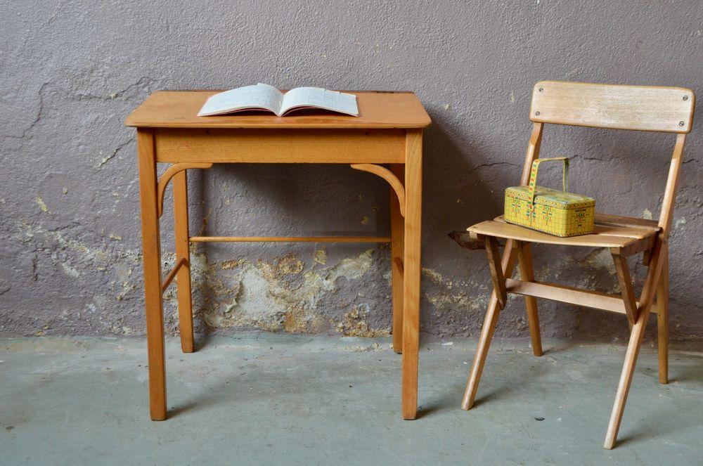 Petit bureau enfant et sa chaise pupitre vintage scandinave 190 Wintzenheim (68)