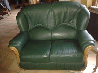 petit canapé. 80 Neuilly-sur-Marne (93)