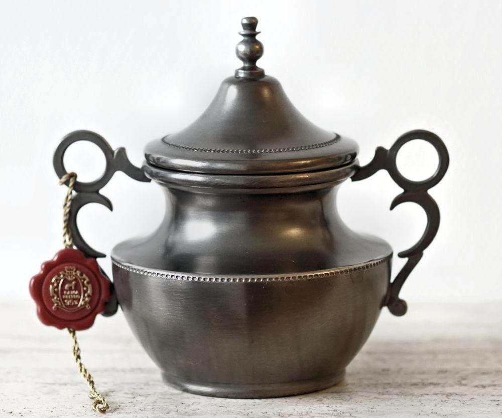 Petit pot à couvercle en étain 20 Chaumontel (95)