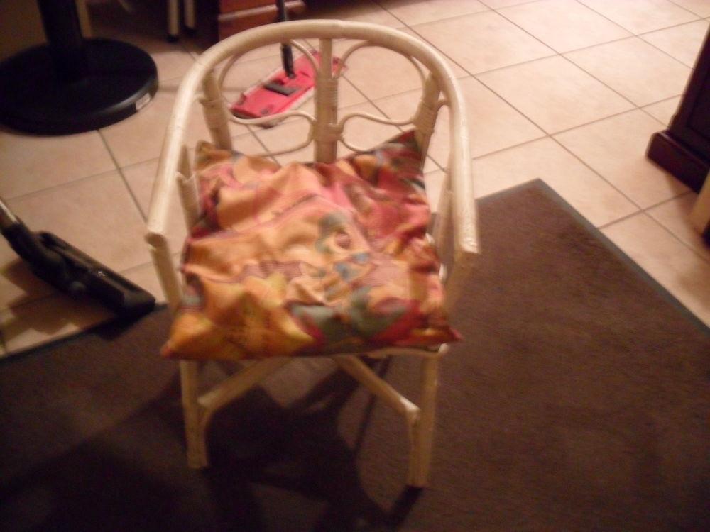 Achetez petit fauteuil occasion annonce vente bauvin 59 wb156933462 - Petit fauteuil ancien ...