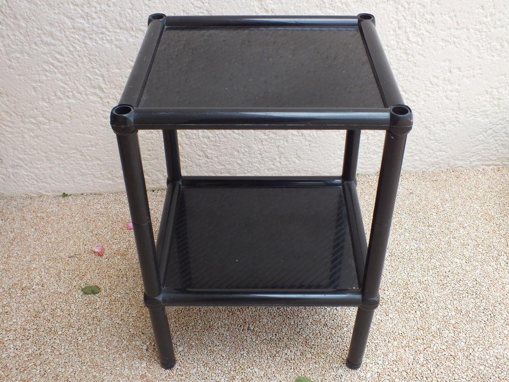 Petit gueridon noir 5 Ézanville (95)