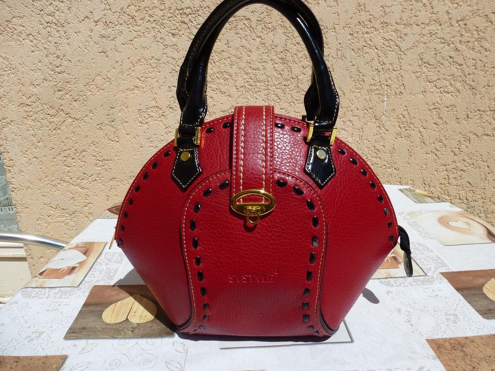 Petit sac à main neuf couleur rouge marque Systyle 30 Pérols (34)