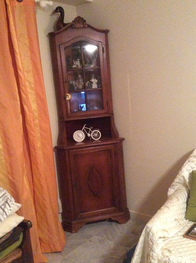 Petit meuble d'angle  50 Nice (06)