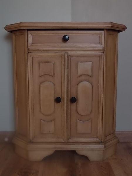 Achetez petit meuble occasion annonce vente la chapelle for Meuble porte de la chapelle