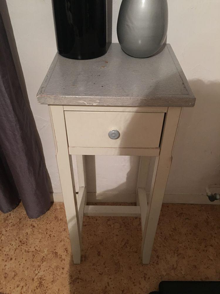 Petit meuble de deco meubles - Petit meuble de chevet ...