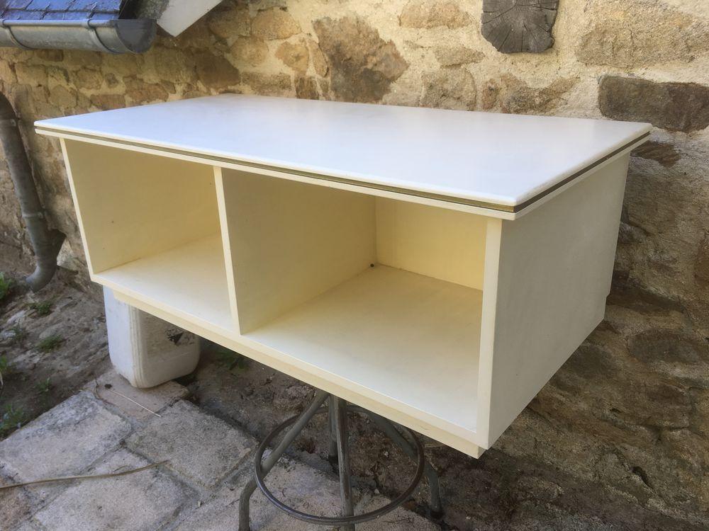 Petit meuble laqué blanc, filet or 55 Quimperlé (29)
