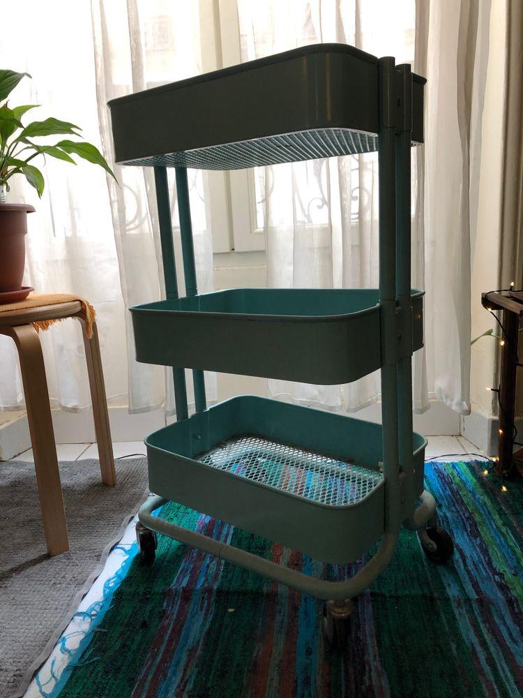 Petit meuble de rangement à trois niveaux 0 Paris 20 (75)