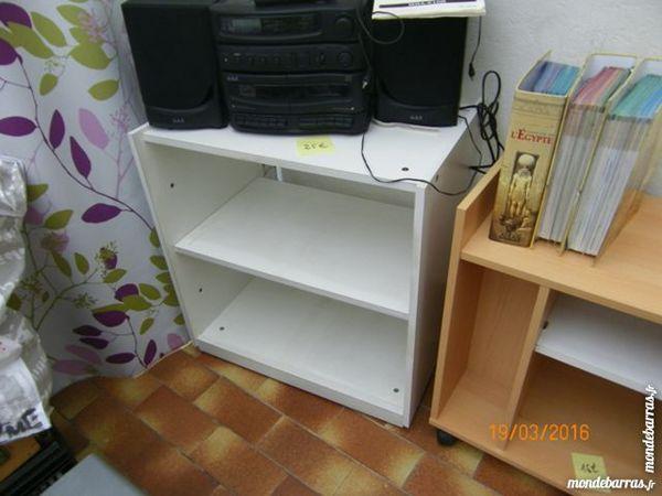 petit meuble 25 Longuenesse (62)