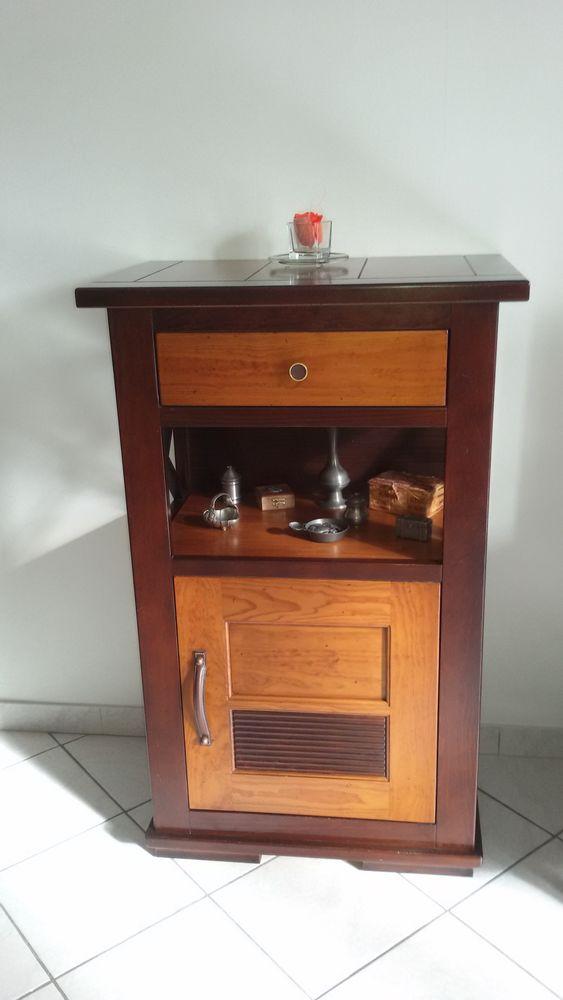 Petit meuble 200 Guyancourt (78)