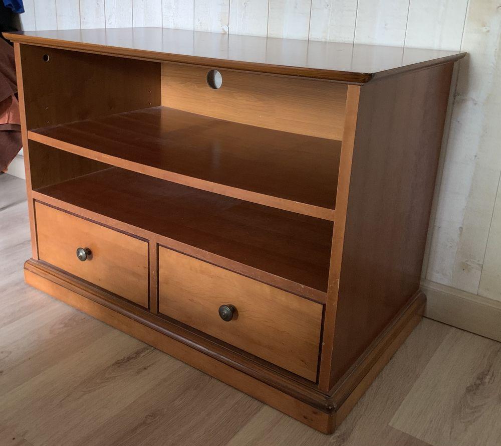 Petit meuble  150 Saint-Pierre-d'Oléron (17)